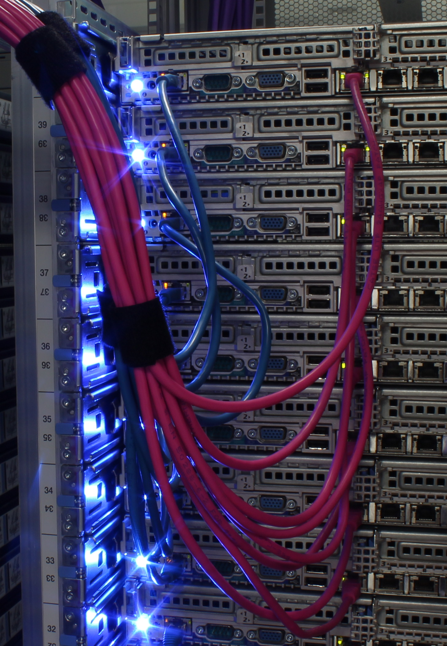 cables data centre